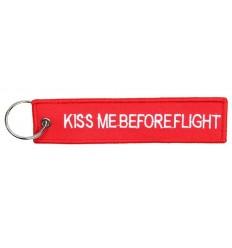 Brelok / Zawieszka do kluczy - KISS ME BEFORE FLIGHT - Czerwony