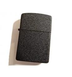 EARTH - Zapalniczka benzynowa / klasyczna - Czarny mat Crackle